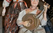 Портретные куклы - Дивчина и хлопец. Керамопластик, текстиль.